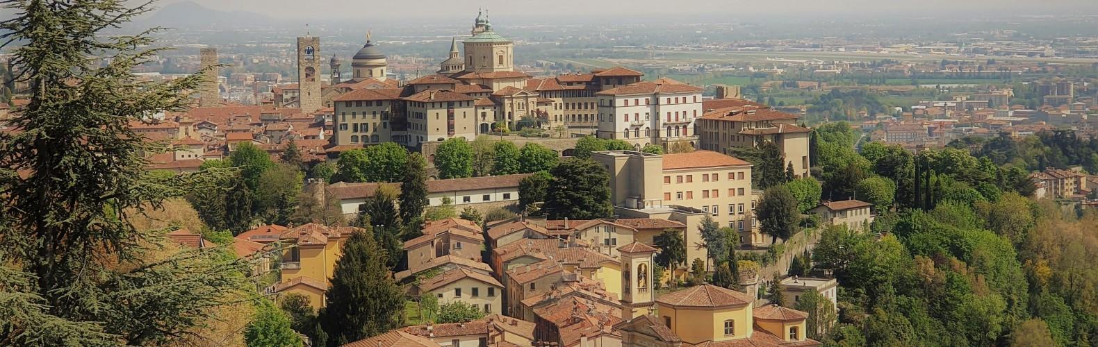 Veduta di Bergamo alta dal colle di S. Vigilio